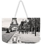 Icon Reflected Bw Weekender Tote Bag