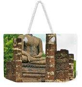 Large Sitting Buddha At Wat Mahathat In 13th Century Sukhothai H Weekender Tote Bag