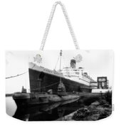 Morning Fog Russian Sub And Queen Mary 02 Bw Weekender Tote Bag