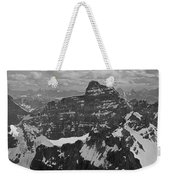 T-703512-bw-mt. Hungabee From Summit Of Mt. Lefroy-bw Weekender Tote Bag