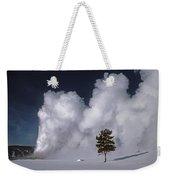 3m09137-02-old Faithful Geyser 2 Weekender Tote Bag