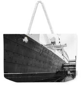 Portside Bw Queen Mary Ocean Liner Long Beach Ca Weekender Tote Bag