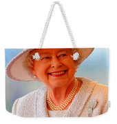 Queen Elizabeth II Portrait 100-028 Weekender Tote Bag