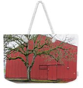 Red Barn And Green Tree In Dundee Hills Oregon Wine Country Weekender Tote Bag