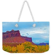 Red Sandstone Formations Going Into Needles District Of Canyonlands National Park-utah Weekender Tote Bag