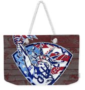 Statue Of Liberty On Stars And Stripes Flag Wood Background Recycled Vintage License Plate Art Weekender Tote Bag