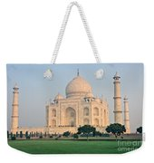 Taj Mahal At Sunrise - Agra - Uttar Pradesh - India Weekender Tote Bag