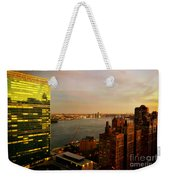 United Nations Building At Nightfall With Chrysler Building Reflection - Landmark Buildings  Weekender Tote Bag