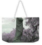 Ziba King Memorial Statue Side View Florida Usa Near Infrared Gr Weekender Tote Bag