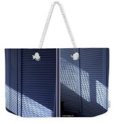 Crosshatch - Gently Cross Your Eyes And Focus On The Middle Image Weekender Tote Bag