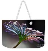 Daisy Abstract With Droplets Weekender Tote Bag