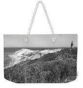 Gay Head Lighthouse With Aquinna Beach Cliffs - Black And White Weekender Tote Bag