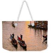 Gondolieri. Venezia. Italia Weekender Tote Bag