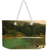 Grizzly Bear Fishing In Chilkoot River Weekender Tote Bag