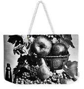 Oregon: Wine & Grapes Weekender Tote Bag