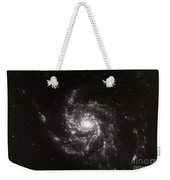 Pinwheel Galaxy, M101 Weekender Tote Bag by Science Source