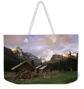 The Elizabeth Parker Hut, A Log Cabin Weekender Tote Bag