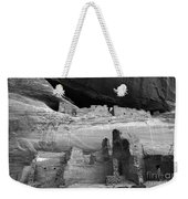 White House Ruin Canyon De Chelly Monochrome Weekender Tote Bag