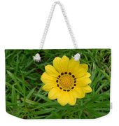 Australia - Daisy With Yellow Petals Weekender Tote Bag