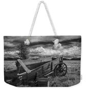 Abandoned Broken Down Frontier Wagon In Black And White Weekender Tote Bag