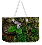 Aged White Trillium With Raindrops Weekender Tote Bag