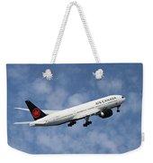 Air Canada Boeing 777-233 Weekender Tote Bag