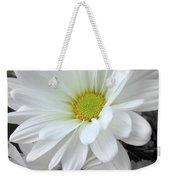 An Outstanding Daisy Weekender Tote Bag