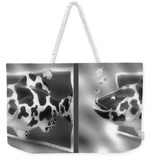Art Fish - Gently Cross Your Eyes And Focus On The Middle Image That Appears Weekender Tote Bag