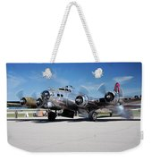B-17 Flying Fortress, Yankee Lady Weekender Tote Bag