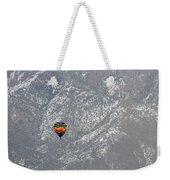 Ballon Verses Mountain Weekender Tote Bag