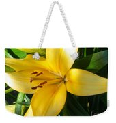 Beautiful Lily I Weekender Tote Bag
