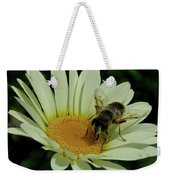 Bee On A Daisy Weekender Tote Bag