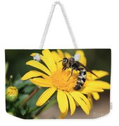 Big Bee On Yellow Daisy Weekender Tote Bag