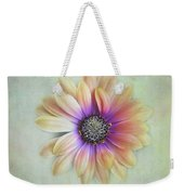 Cape Daisy Looking Up Weekender Tote Bag