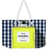 Chanel-no.5-pa-kao-ma1 Weekender Tote Bag