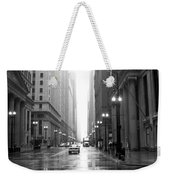 Chicago In The Rain B-w Weekender Tote Bag