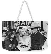 Estelle Winwood Marilyn Monroe Clark Gable Eli Wallach Montgomery Clift The Misfits Reno Nevada 1961 Weekender Tote Bag