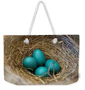 Four Robin Eggs In Nest Weekender Tote Bag