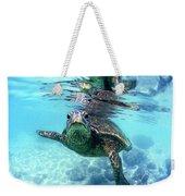 friendly Hawaiian sea turtle  Weekender Tote Bag