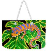 Gecko Hanging On Weekender Tote Bag