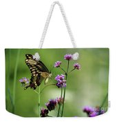 Giant Swallowtail Butterfly On Verbena Weekender Tote Bag