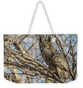 Great Horned Owl In Cottonwood Tree Weekender Tote Bag