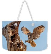 Great Horned Owl Returning To Her Nest Weekender Tote Bag