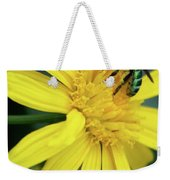 Green Bee On Yellow Daisy Weekender Tote Bag