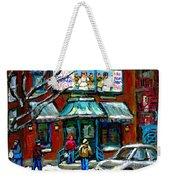 Achetez Les Meilleurs Scenes De Rue Montreal Boulangerie St Viateur Original Montreal Street Scenes  Weekender Tote Bag