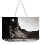 Navajos: Canyon De Chelly, 1904 Weekender Tote Bag by Granger