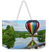 'reflecting' Weekender Tote Bag