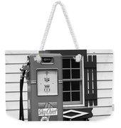 Route 66 - Illinois Vintage Pump Bw Weekender Tote Bag
