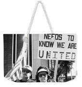 Saddam Needs To Know Pro Desert Storm Rally Tucson Arizona 1991 Weekender Tote Bag