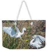 Snowy Egret Confrontation 8664-022018-1cr Weekender Tote Bag